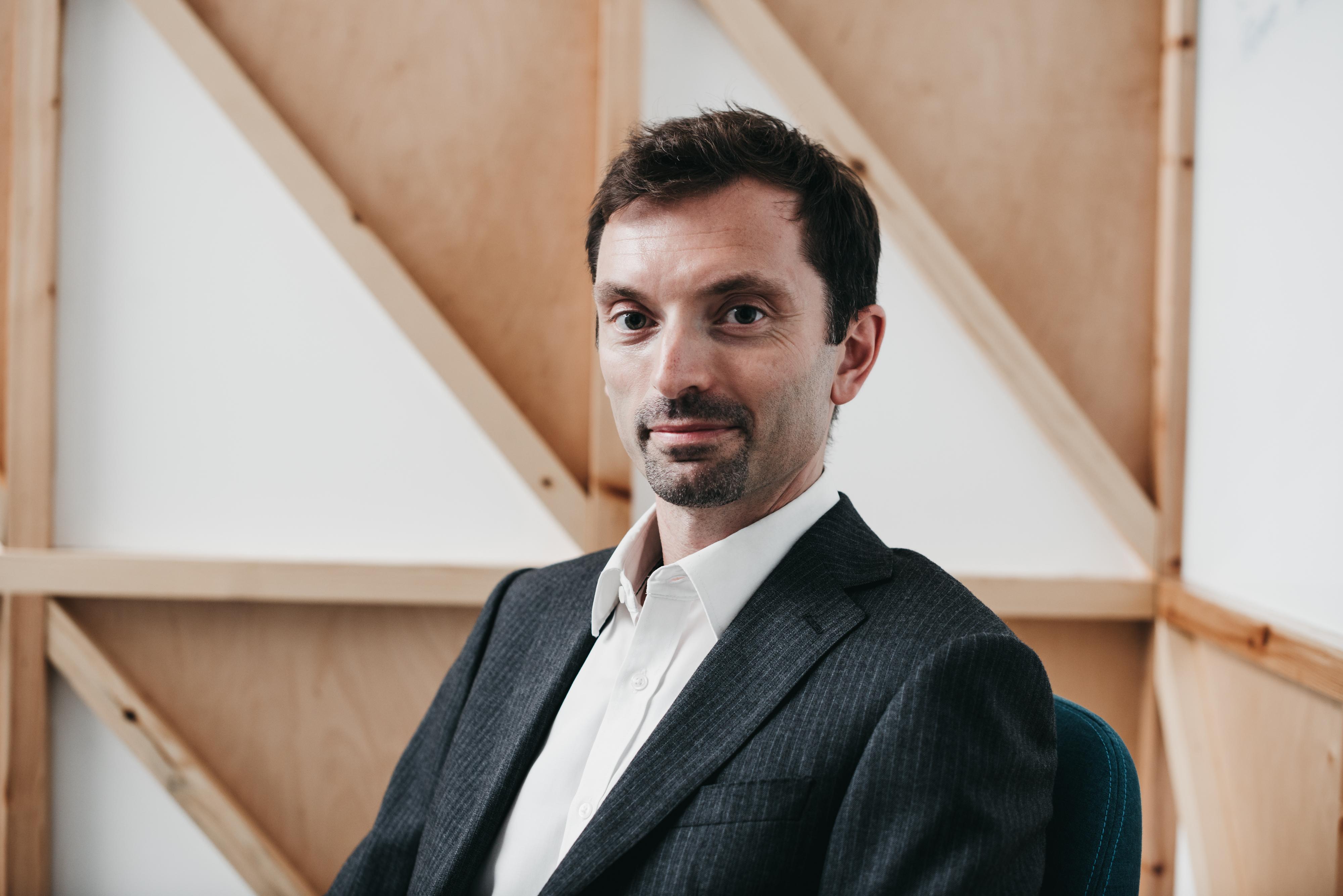 Simon Dietz